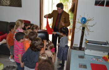 Cours de magie avec un magicien professionnel à Paris et environs