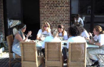 Atelier culinaire et dîner convivial à Lille, avec une passionnée