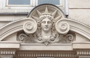 Strasbourg St Denis : balade insolite de Bénarès aux Caraïbes