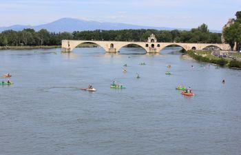 Canoë et Stand Up Paddle sous le Pont d'Avignon