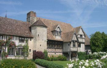 Visite guidée d'un manoir en Normandie