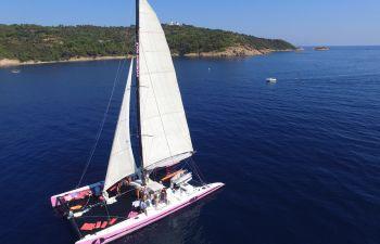 Balade en catamaran dans le Golfe de Saint-Tropez