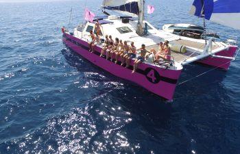 Balade en catamaran dans la baie du Lavandou
