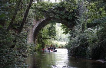 Balade en canoë kayak dans la forêt landaise