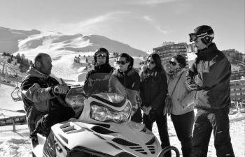Randonnée en motoneige dans le Domaine de La Plagne