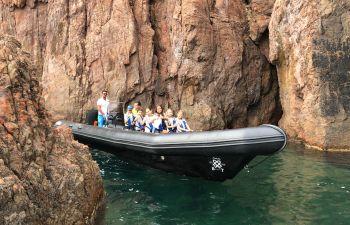 Découverte des calanques de l'Esterel en bateau