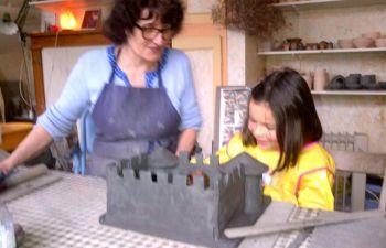 Stage d'initiation à la poterie pour enfants dans le Calvados