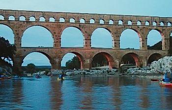 Découverte Nocturne Canoë et Pont du Gard