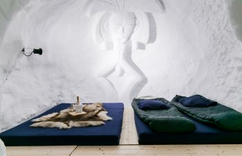 Apéritif savoyard et nuit dans un igloo