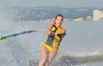Séance de ski nautique