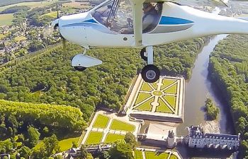 Vol Baptême en ULM au dessus des Châteaux de la Loire