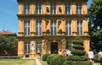 Fontaines et jardins d'Aix-en-Provence : visite insolite