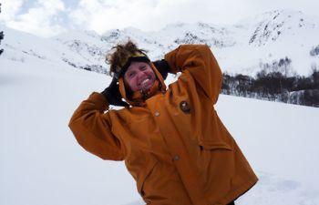 Rando-sommet et initiation au DVA en raquettes à neige dans les Pyrénées