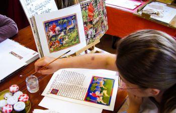 Atelier de calligraphie et d'enluminure en Normandie