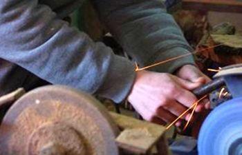 Journée d'initiation à l'affûtage : outils, ciseaux, couteaux...
