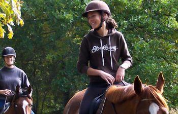Promenade à cheval en forêt landaise